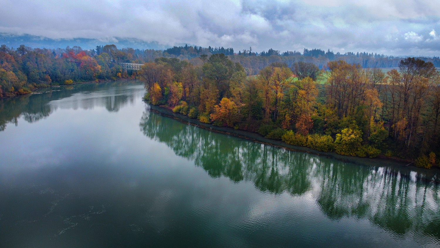 Willamette River at Rogers Landing - Newberg - Photo by Ron Miller